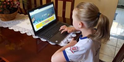 Especialista analisa as aulas on-line para crianças em tempo de quarentena