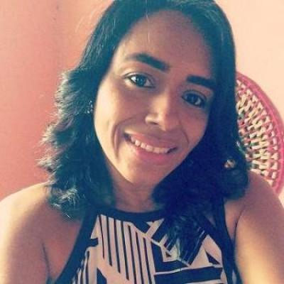Hele Patrícia Gomes de Araújo