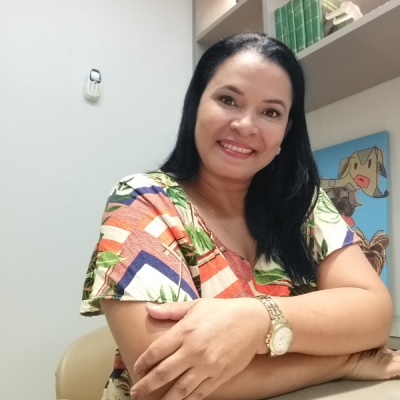 Francivania Oliveira Lima