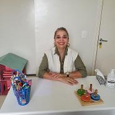Ana Jardel Batista Fechine